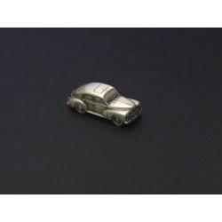 Miniature Peugeot 203, en étain 1/112e