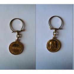 porte-clés biscotte St-Honoré, pièce Napoleon III empereur (pc)